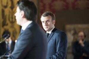 Conte Macron