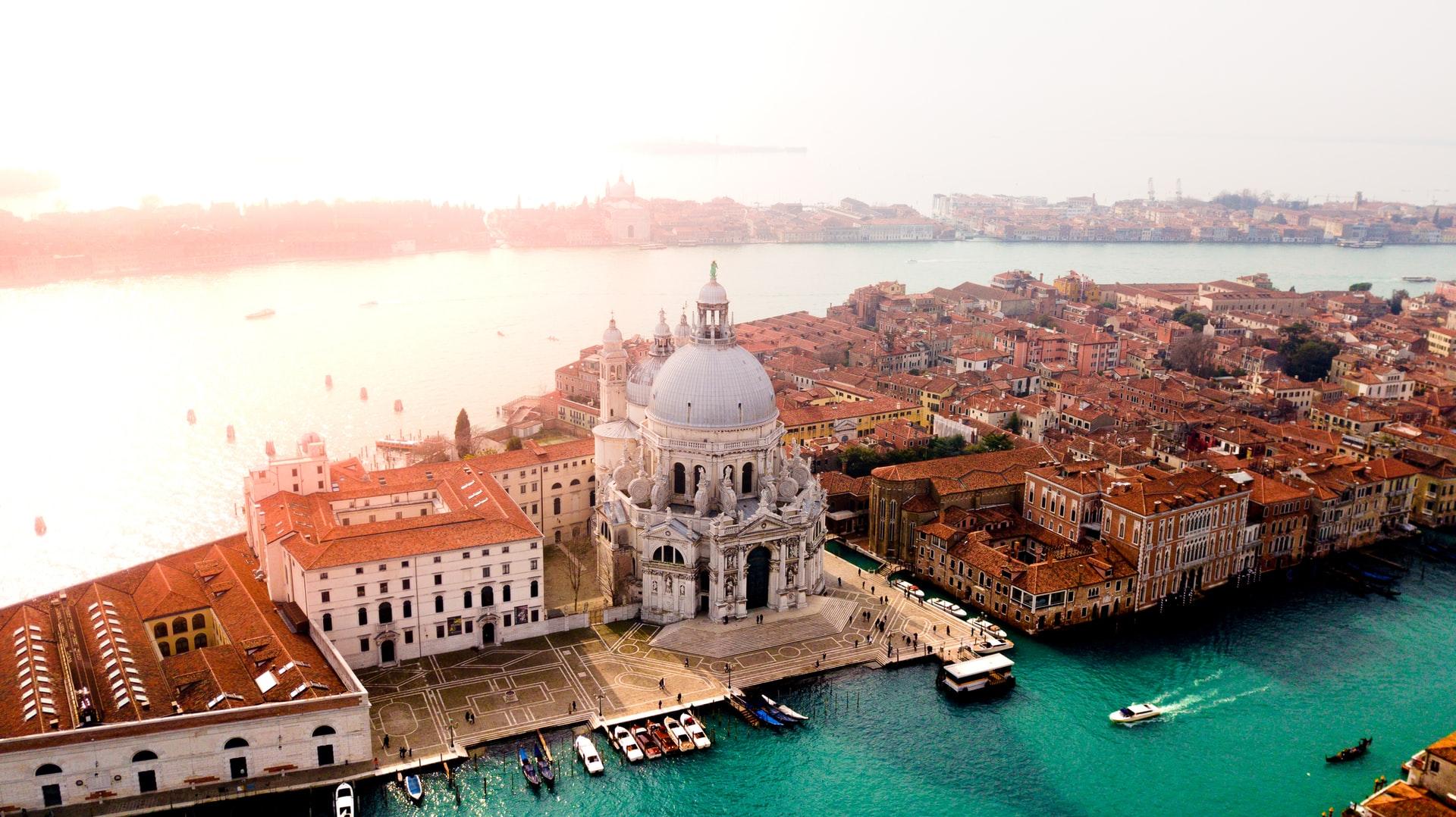 Politica Estera 5 - 11 Luglio Venezia Nomine