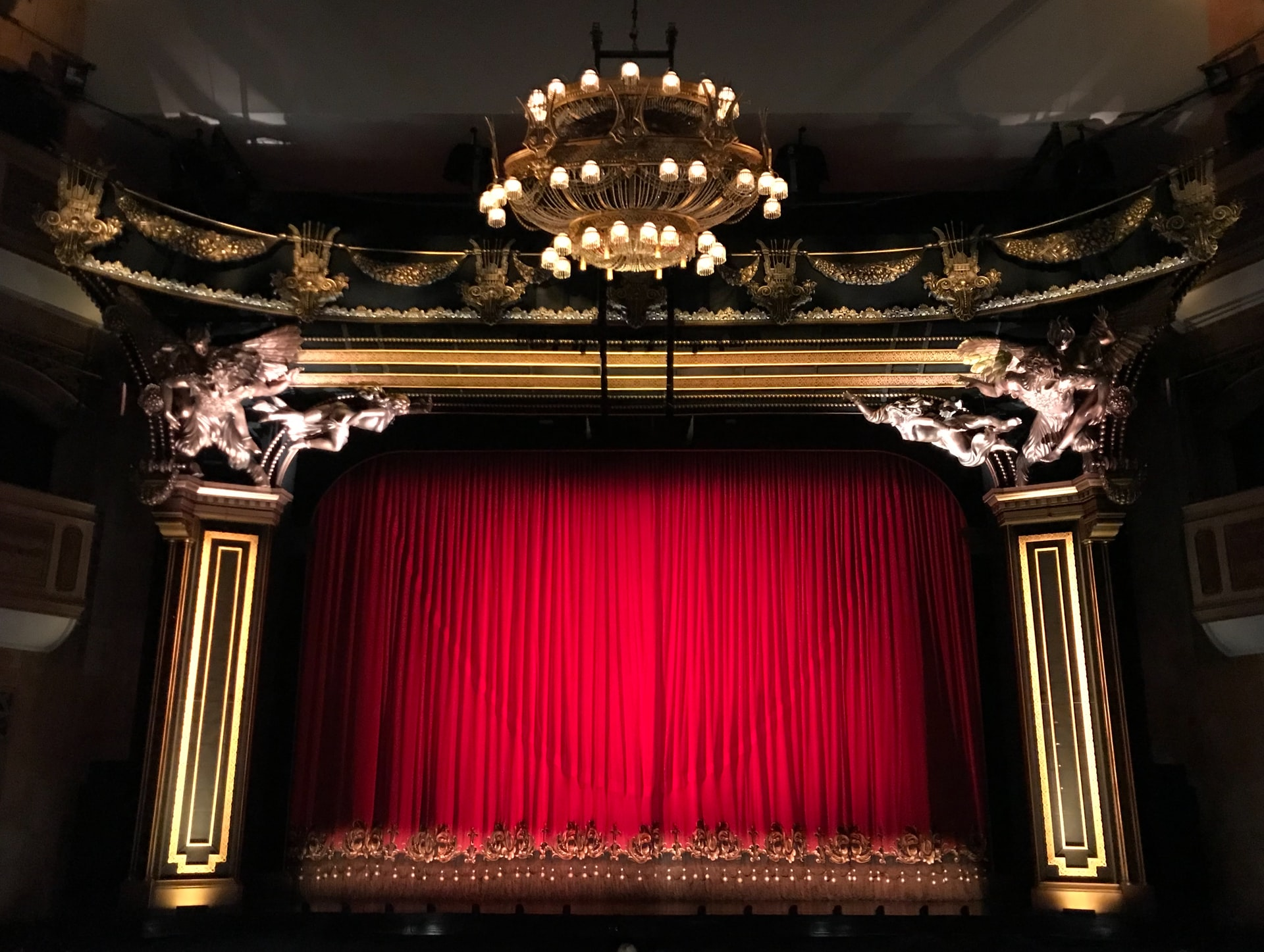 Teatro Teatri Chiusi Spettacolo