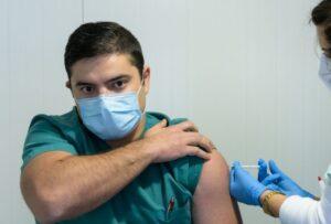 piano vaccini medici infermieri no vax