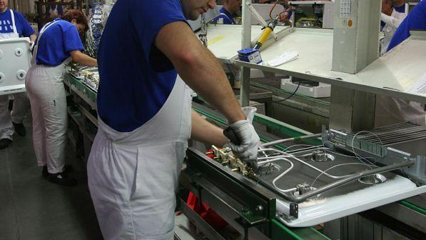 lavoro produzione industriale