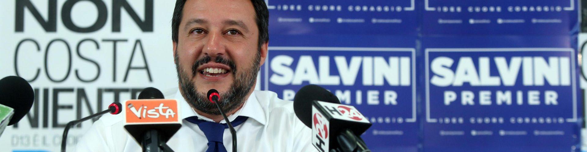 Salvini vara la Lega 2.0. Niente più Padania ma Italia federale