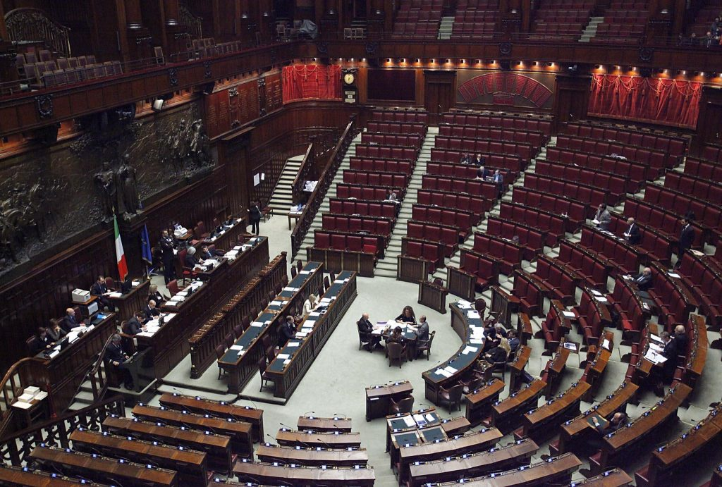 Va in aula al senato il taglio dei parlamentari policy maker for Deputati camera numero